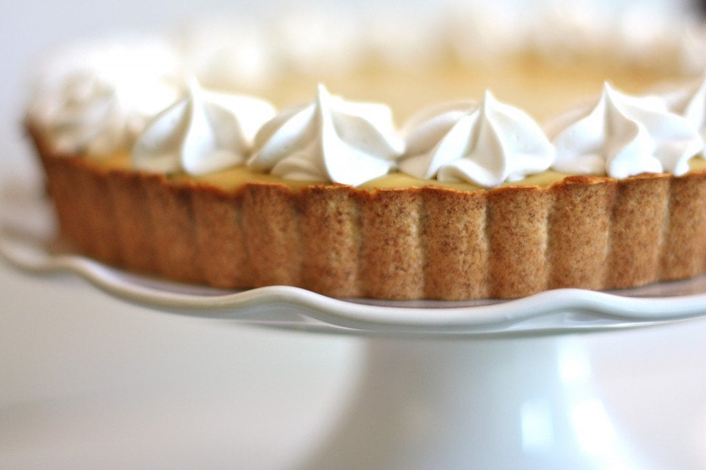 Delicious looking pumpkin pie with a honey graham cracker pie crust!