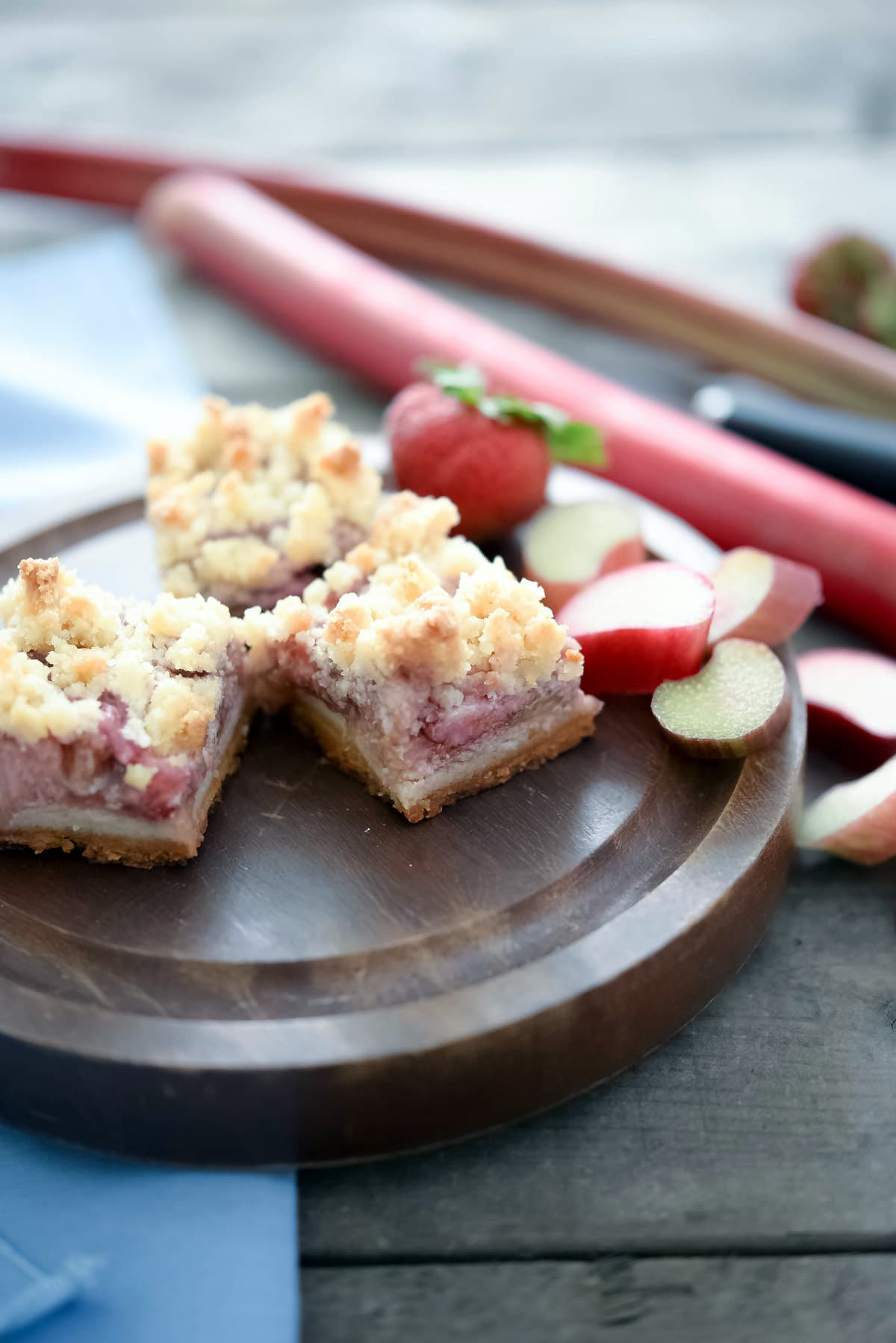 Guest Post Joshua From Slimpalate: Guest Post:Strawberry Rhubarb Bars
