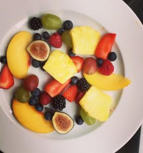 hotel fruit plate