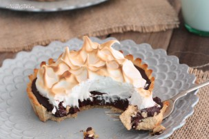 Toasted Marshmallow S'more Tart