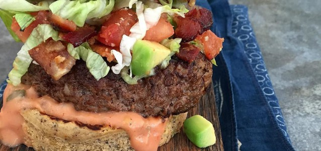 Last_week_of_cookbook_shoots_happening__And_now__I_d_like_to_eat_you_burger.