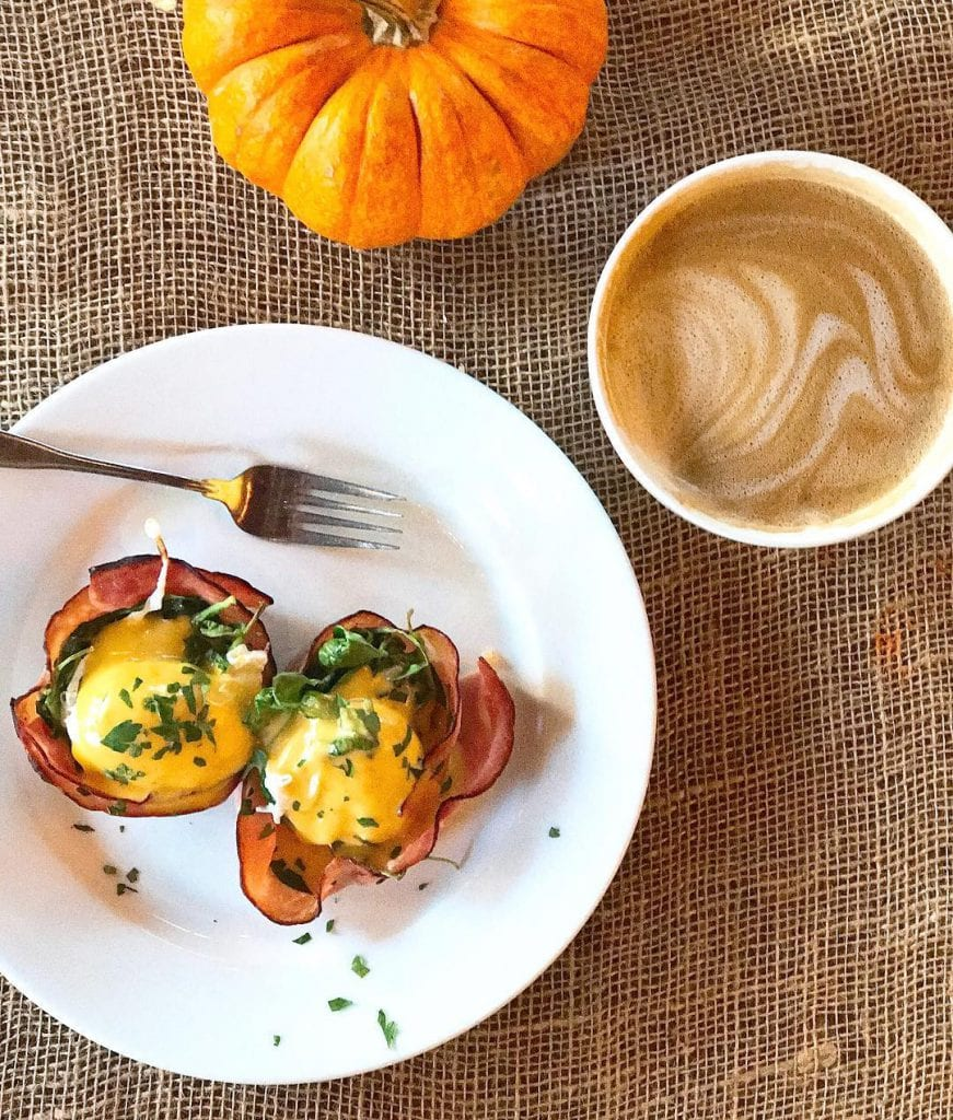 favorite_breakfast-_anything_with_hollandaise_is_for_that_matter-__danielleeats