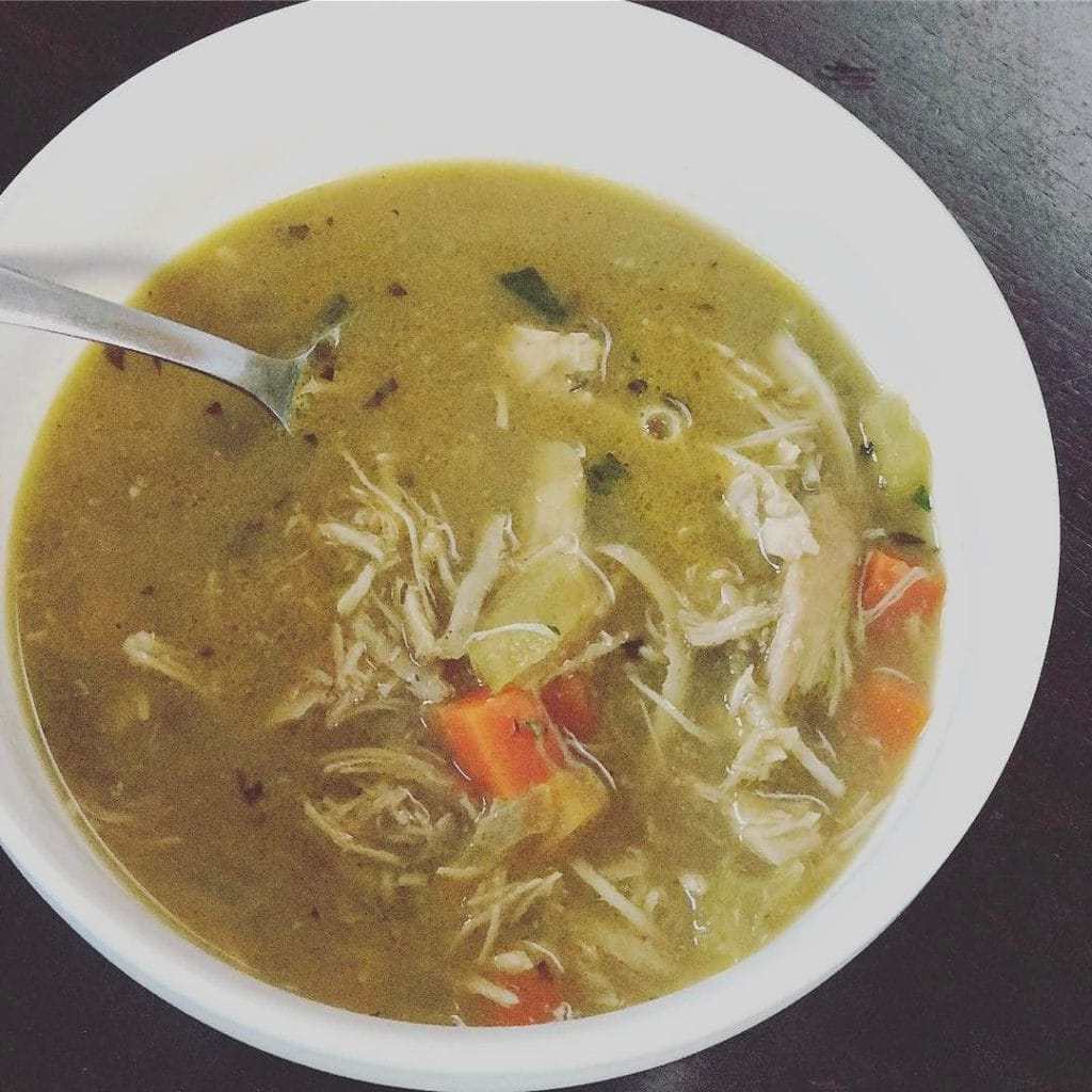 Chicken_soup_for_breakfast.______danielleeats__whole30__januarywhole30