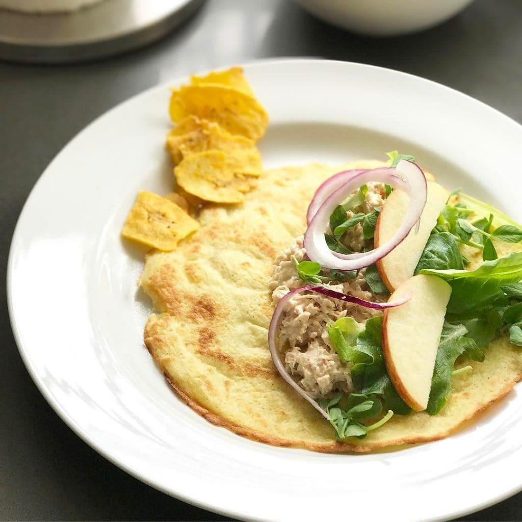 lunch grain free wrap and tuna